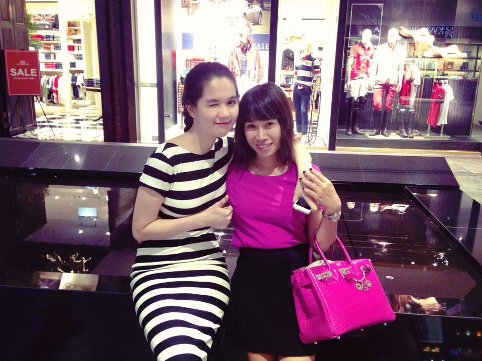 Ngọc Trinh quyến rũ, khoe dáng ngọc tại Singapore 11