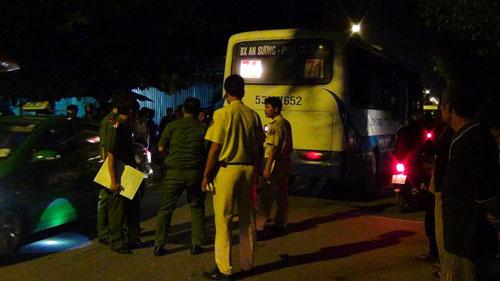 Tông trực diện vào xe buýt, người đàn ông bị văng ngược chết tại chỗ 5