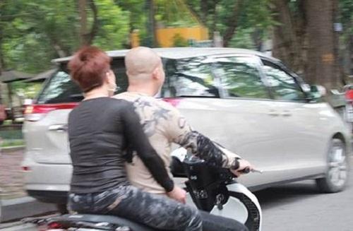 Hình ảnh Tại sao nhiều người cứ cưỡi xe SH là không đội mũ bảo hiểm? số 5