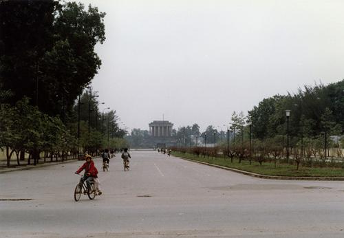 Bâng khuâng chùm ảnh Hà Nội đẹp thanh bình thập niên 90 4