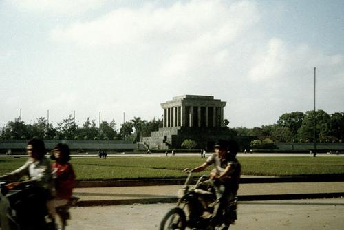 Bâng khuâng chùm ảnh Hà Nội đẹp thanh bình thập niên 90 5