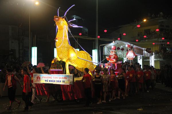 Chiêm ngưỡng lễ hội Trung thu lớn nhất Việt Nam 16