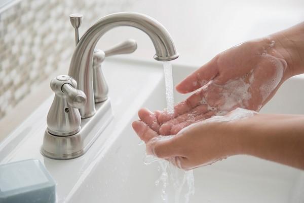 Kết quả hình ảnh cho hình ảnh rửa tay