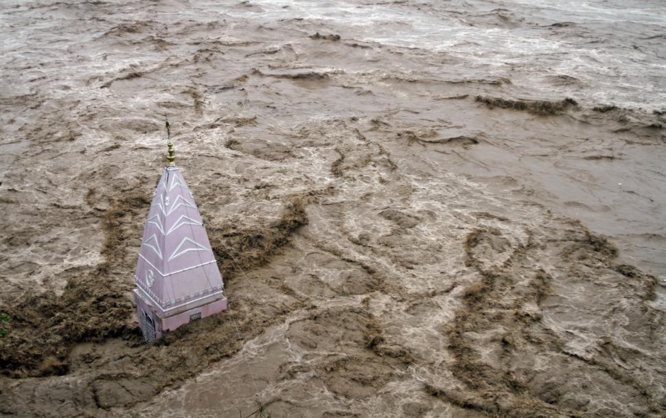 Không chuẩn bị, ít nhất 420 người chết khi lũ lụt nhấn chìm Ấn Độ 8