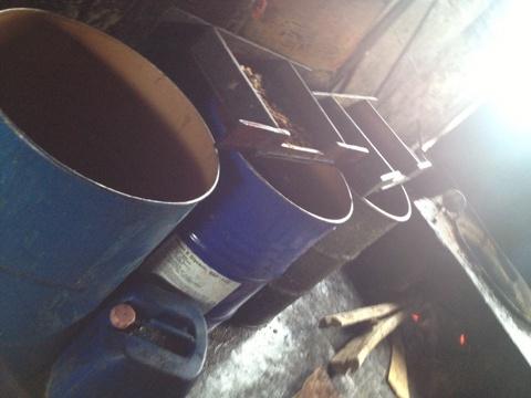 Rùng mình với xưởng mỡ bẩn chuyên cung cấp cho các quán nướng Hà Nội 8