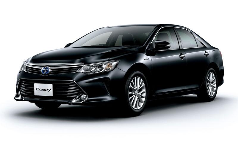 Hình ảnh Toyota Camry Hybrid : 4 lít xăng cho 100km số 1