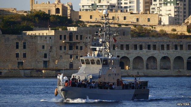 Đâm chìm tàu ở Malta khiến 500 người thiệt mạng 4