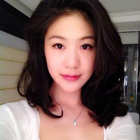 3 nữ phi công Việt xinh, hot hơn hotgirl 11