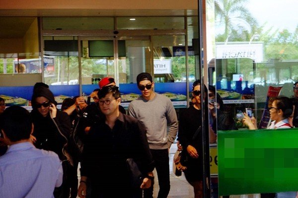Kim Woo Bin đến Việt Nam, thân thiện vẫy tay chào fan 6