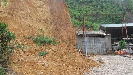 Hình ảnh Lạng Sơn: Sạt lở đất kinh hoàng, 8 người chết số 2