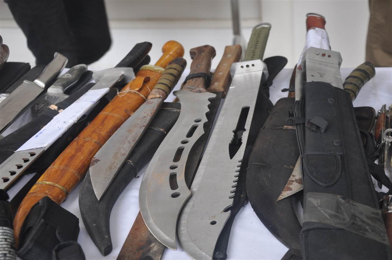 Cận cảnh kho vũ khí giang hồ do lực lượng 141 tịch thu 7