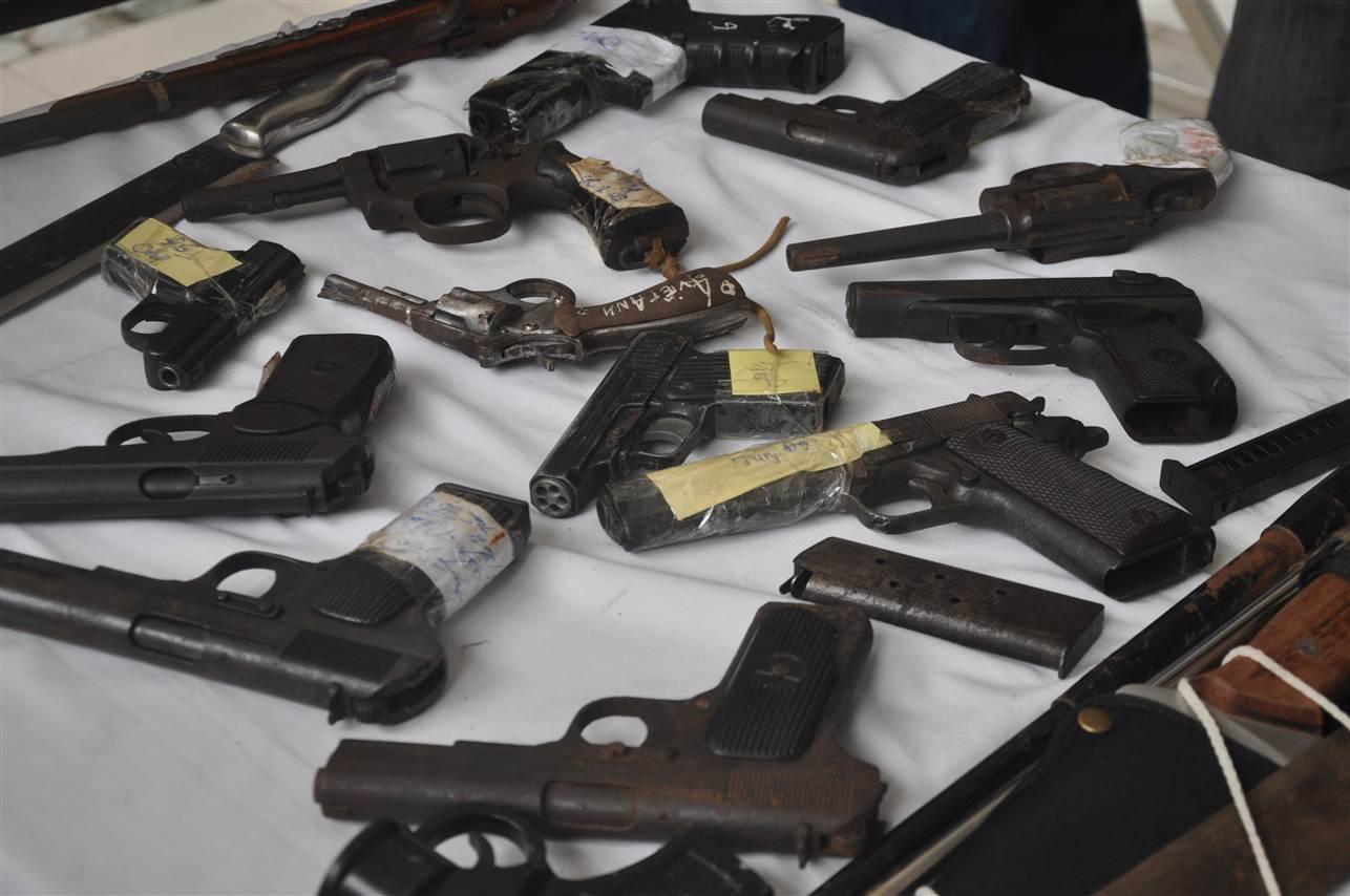 Cận cảnh kho vũ khí giang hồ do lực lượng 141 tịch thu 13
