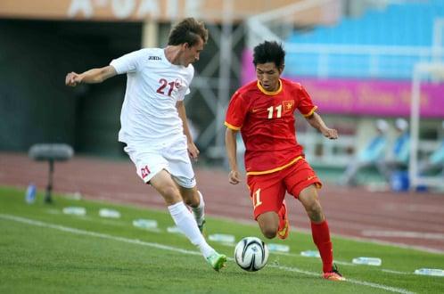 U23 Việt Nam 1–0 U23 Kyrgyzstan: Minh Tuấn lập công, VN giành ngôi đầu bảng 6