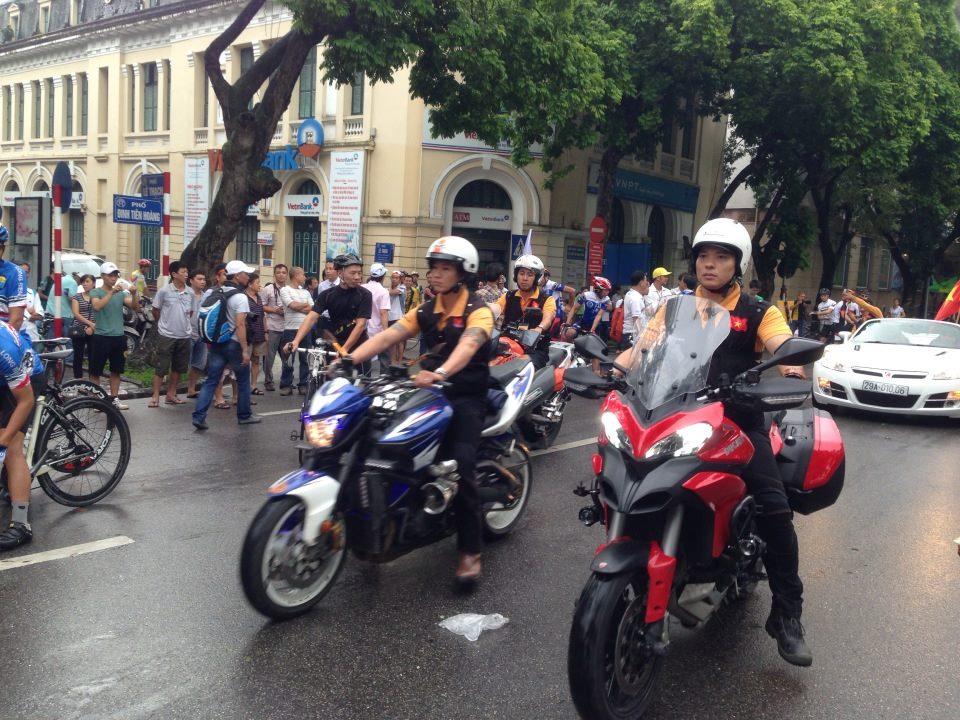 Ngắm dàn siêu xe tại giải đua xe đạp Hà Nội mở rộng 2014 9