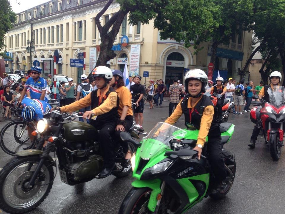 Ngắm dàn siêu xe tại giải đua xe đạp Hà Nội mở rộng 2014 10