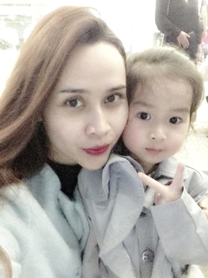Vẻ đẹp lai Tây của con gái Hồ Hoài Anh, Lưu Hương Giang  7