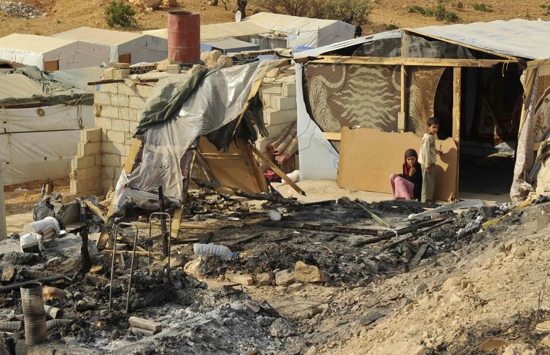 Cảnh dân Syria loạn lạc chạy nạn 8