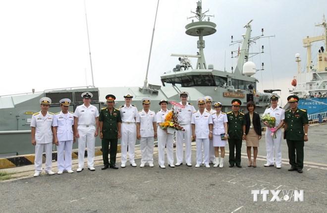 Tàu chiến Hải quân Australia thăm Thành phố Hồ Chí Minh 7
