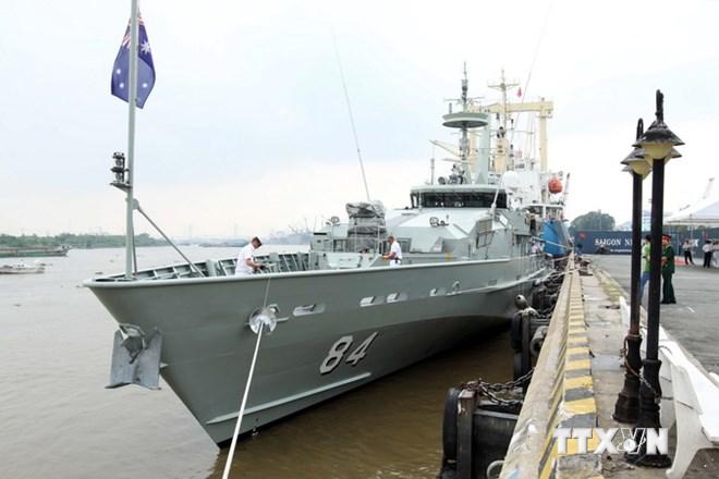 Tàu chiến Hải quân Australia thăm Thành phố Hồ Chí Minh 8