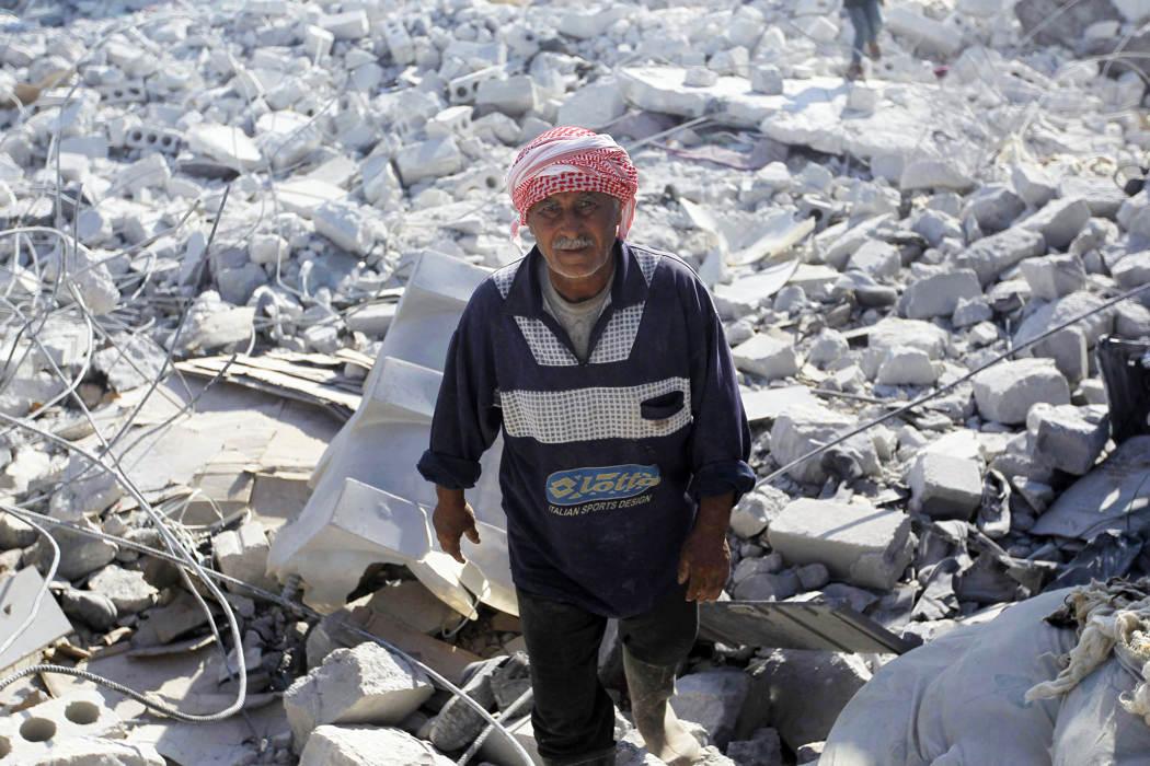 Cuộc không kích của Mỹ vào Syria qua ảnh 7
