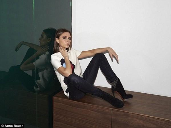 Cận cảnh cửa hàng thời trang rộng 550 m2 của bà Becks 6