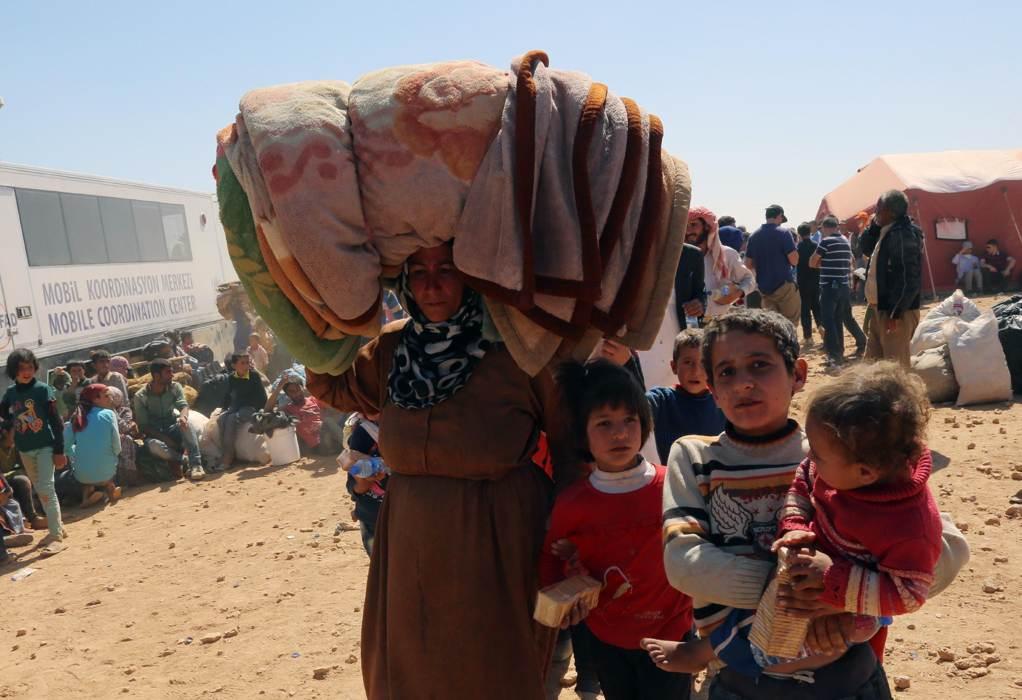 Cảnh dân Syria loạn lạc chạy nạn 6