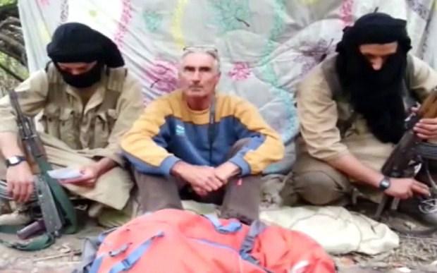 Một người Pháp bị phiến quân Hồi giáo chặt đầu 6
