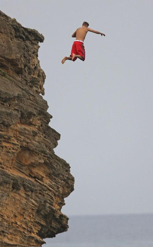 Justin Bieber bị thủng màng nhĩ do chơi trò mạo hiểm 7
