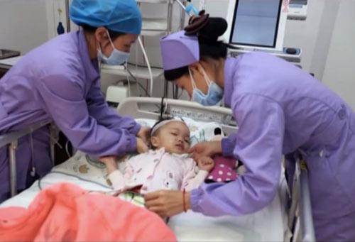 Xúc động bé gái 3 tuổi hiến nội tạng cứu sống 5 người 8