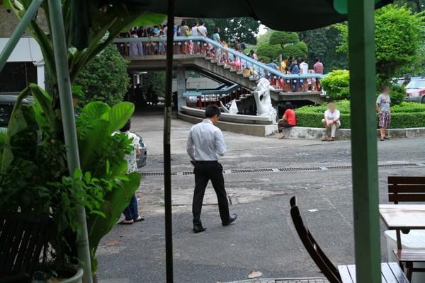 Hình ảnh Cường Đôla lái xế độc đưa Hà Hồ và Subeo đi xem show thiếu nhi số 8