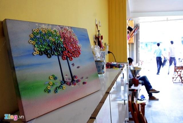 Cô bé 9 tuổi mở quán cà phê độc đáo tại Sài Gòn 8