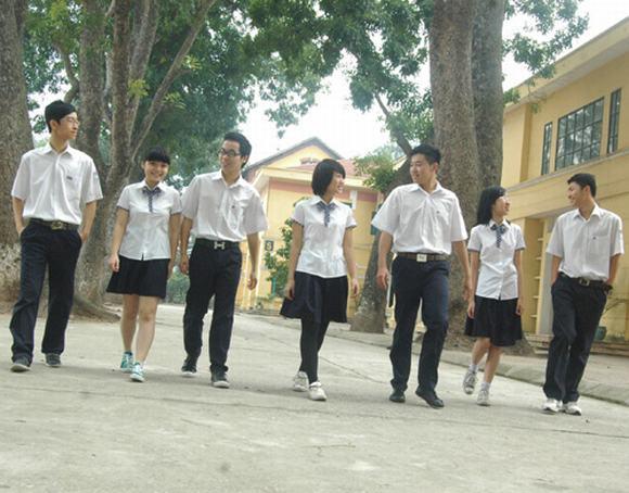 Những đồng phục hiện đại, tiền triệu của teen Hà Nội 8