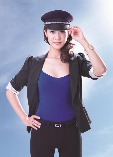 Cận cảnh nữ cơ phó Vietnam Airlines của Trương Thế Vinh 5