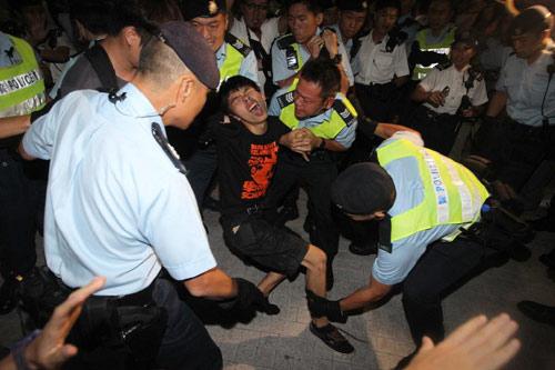 Chân dung thủ lĩnh 17 tuổi của phong trào biểu tình Hong Kong 7