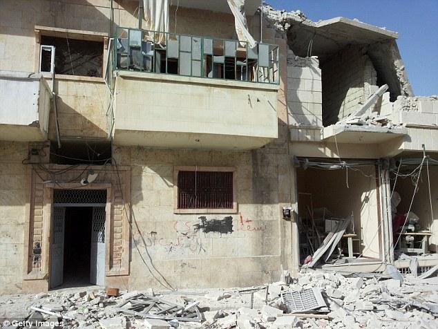 Chiến đấu cơ Mỹ không kích nhầm, hai dân thường Syria thiệt mạng 6