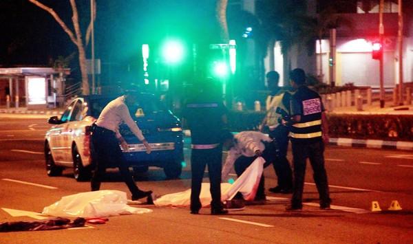 Chết thảm vì bị taxi đâm khi đang nằm ăn vạ giữa đường 5