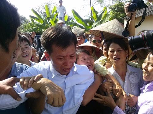 Bản tin 113 – sáng 1/10: Xác người phụ nữ bị bỏ trong hai bao bố giữa Sài Gòn… 6