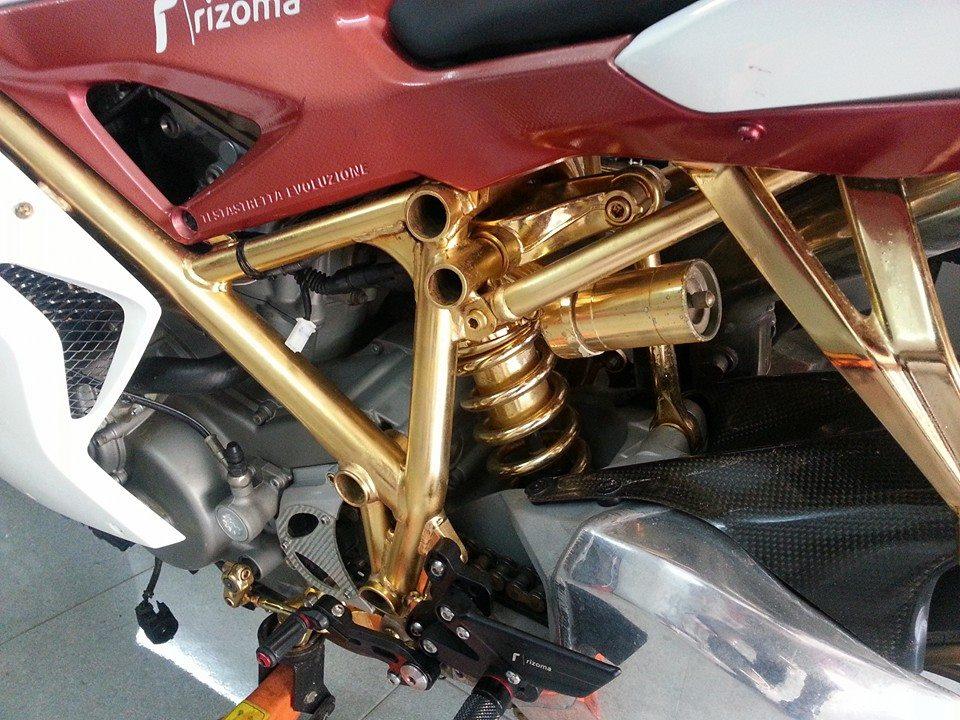 Ducati mạ vàng 24k độc nhất thế giới của đại gia Vũng Tàu 11