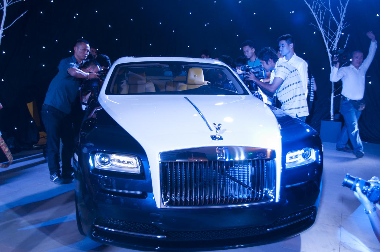 Wraith : Chàng thanh niên trong gia tộc Rolls-Royce 5