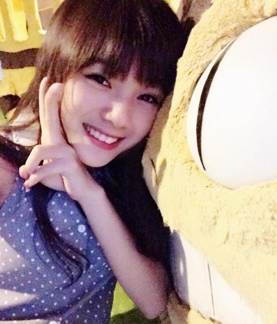 Nữ sinh Sài Thành bỗng nổi tiếng vì bị chụp ảnh lén quá xinh 14