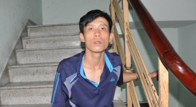 Cướp đồ của du khách nước ngoài, tên cướp đập đầu tự tử kêu oan 5