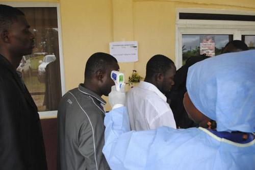 Dịch Ebola: 121 người chết trong 1 ngày tại Sierra Leone 5