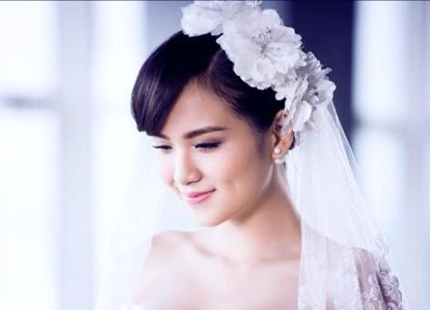 Hoa hậu Diễm Hương chính thức lên xe hoa lần 2? 5