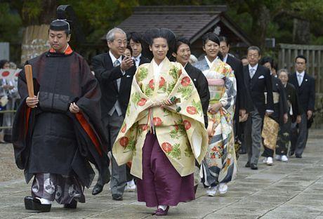 Cái kết đẹp cho chuyện tình cổ tích của công chúa Nhật Bản 4
