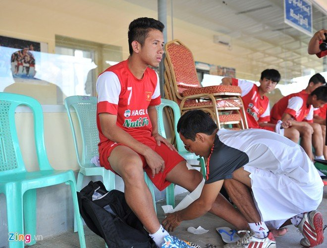 Hình ảnh U19 Việt Nam rèn bóng bổng để chống lại U19 Hàn Quốc số 1