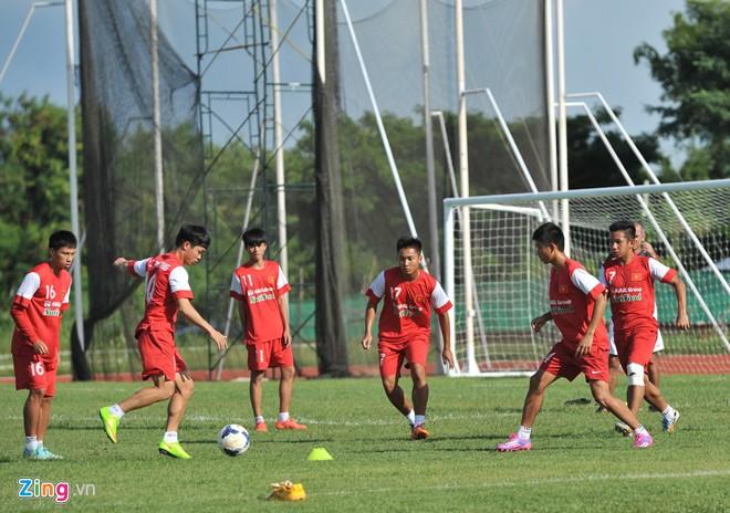 Hình ảnh U19 Việt Nam rèn bóng bổng để chống lại U19 Hàn Quốc số 3