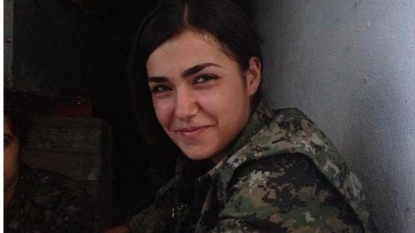 Nữ chiến binh xinh đẹp nổ súng tự sát để không rơi vào tay IS 8