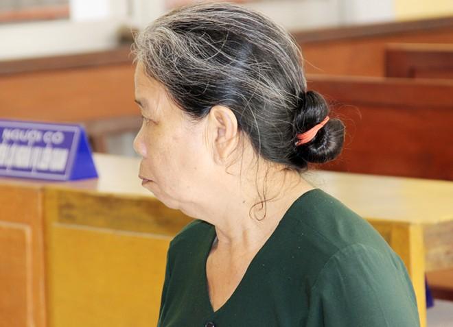 Cụ bà 72 tuổi ở miền Tây phạm tội chứa gái mại dâm 5
