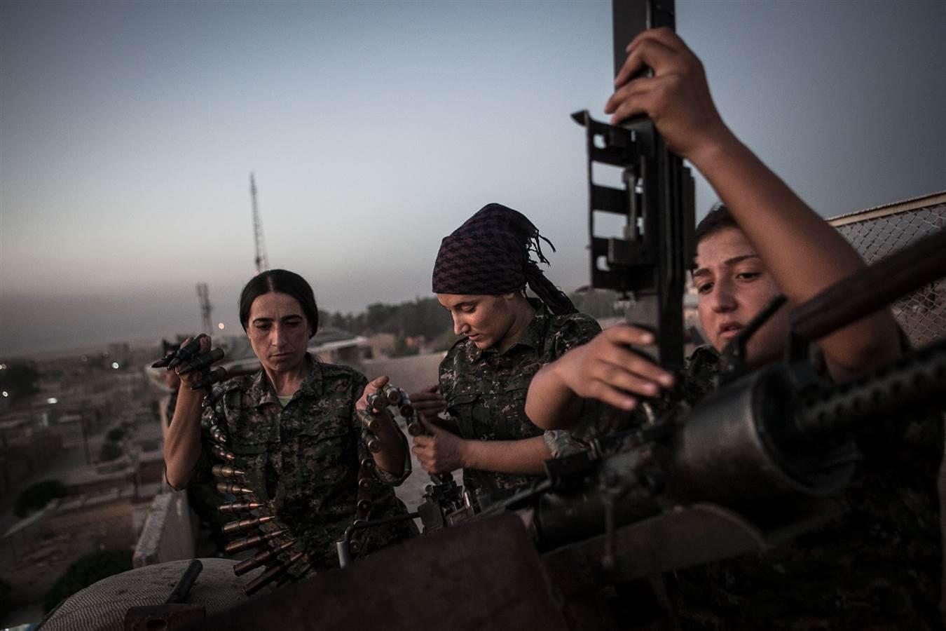 Nữ chiến binh Kurd: Tình yêu đất nước lớn hơn mọi nỗi sợ hãi 9