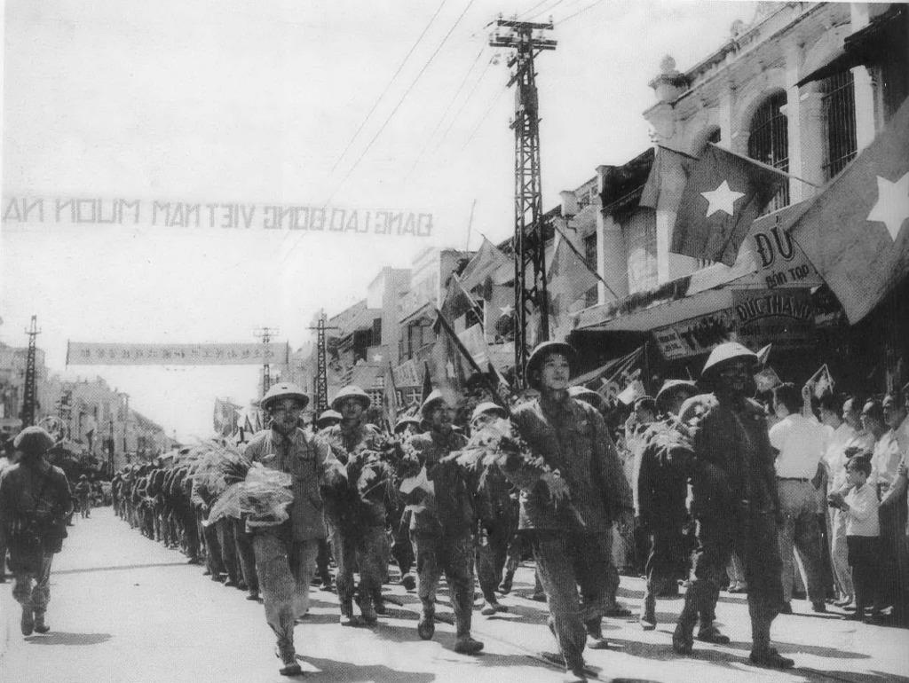 Hình ảnh một Hà Nội đặc biệt ngày Giải phóng 14